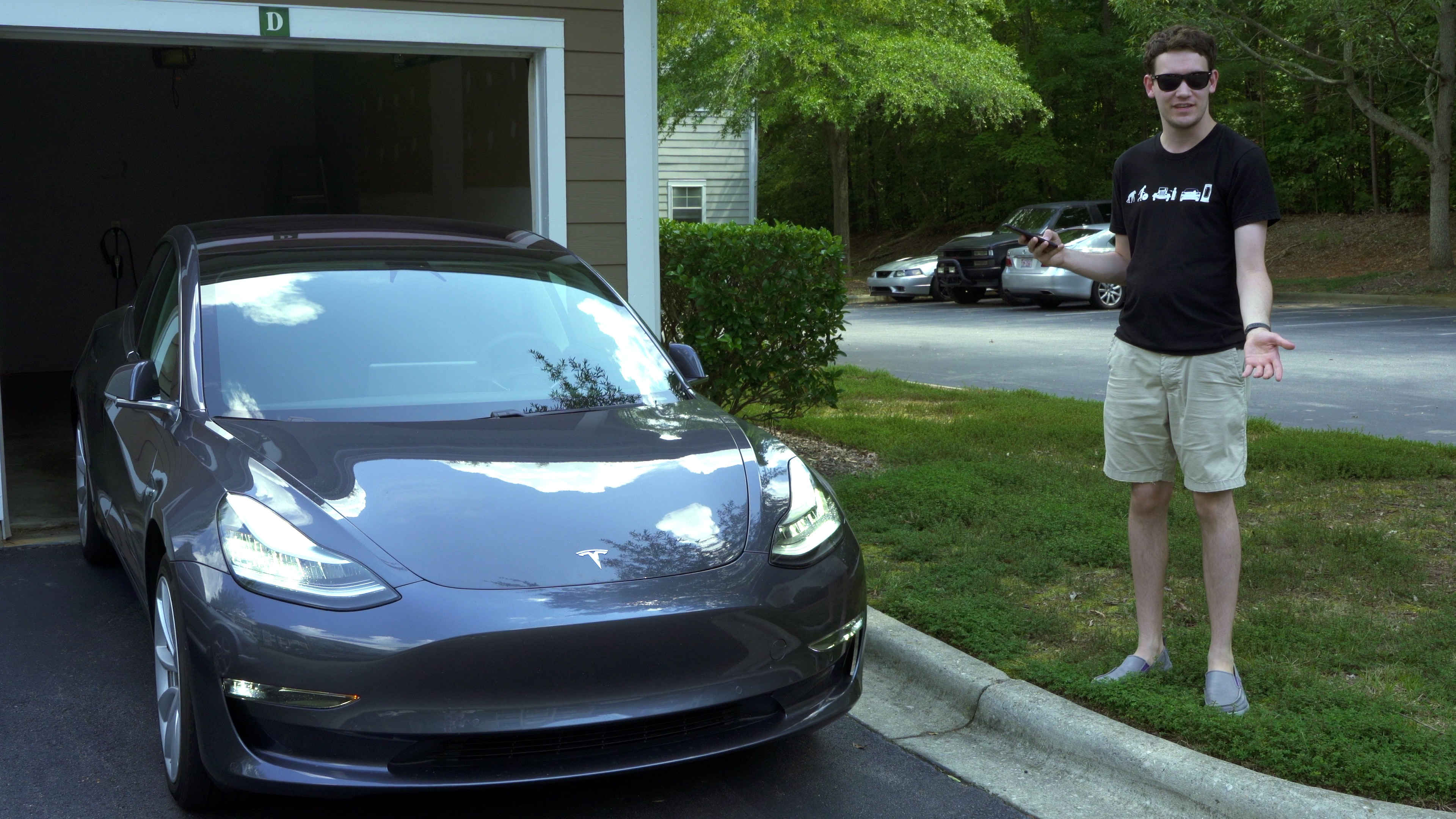 A demo of the Tesla Model 3's Summon mode.